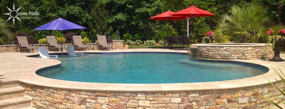 Freeform Pool & Spa Travertine Decking