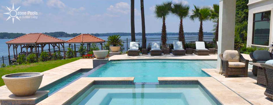 Resort Style Vanishing Edge Pool